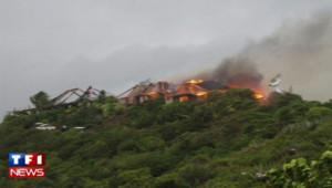 La somptueuse villa de Richard Branson part en fumée