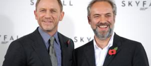 """Daniel Craig et le réalisateur Sam Mendes lors de la présentation de """"Skyfall"""", le 3 novembre 2011 à Londres."""