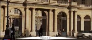 Déchus de la nationalité française, cinq binationaux ont rendu leurs papiers d'identité
