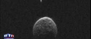 L'astéroïde qui a croisé la Terre lundi est doté d'une mini-lune