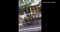 Vidéo amateur. Un conducteur de tram fait rire toute la rame (Buzz)