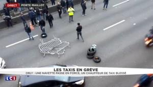 Grève des taxis : à Porte Maillot, un scooter violemment pris à parti