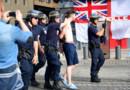 Un supporter anglais arrêté par la police à Marseille le 10 juin 2016.