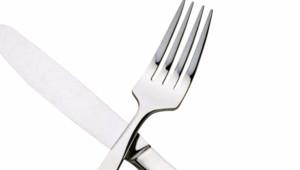Une fourchette et un couteau