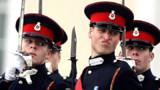 William devient sous-lieutenant de Sandhurst