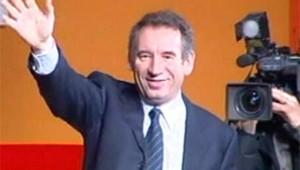 bayrou réelection tête UDF janvier 2005