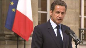 Nicolas Sarkozy sur le perron de l'Elysée, le 29 juillet 2009