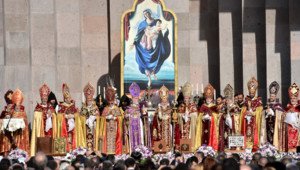Arménie : canonisation des victimes du génocide arménien, 23/4/15