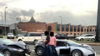 Accident entre une Bugatti Veyron et une Aston Martin DB9 à Moscou (Russie) le 7 juillet 2013.