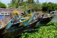 Embarcations traditionnelles sur les rives du Mékong - Koh-Lanta Vietnam