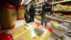 Des pâtes chez Leader Price à Nice en février 2008. Les produits alimentaires ont bondi en 2008.