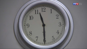 Le 20 heures du 4 février 2014 : Ados en manque de sommeil : la faute aux nouvelles technologies ? - 787.8973736877441