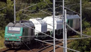 Le convoi de combustibles nucléaires usés, parti d'Italie à destination de l'usine de La Hague, arrive sans encombre le 25 juillet 2012