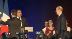 Présidence de l'UMP : A Bordeaux, Sarkozy et Juppé côte à côte