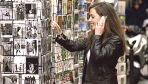 téléphone jeune fille kiosque mobiles portable