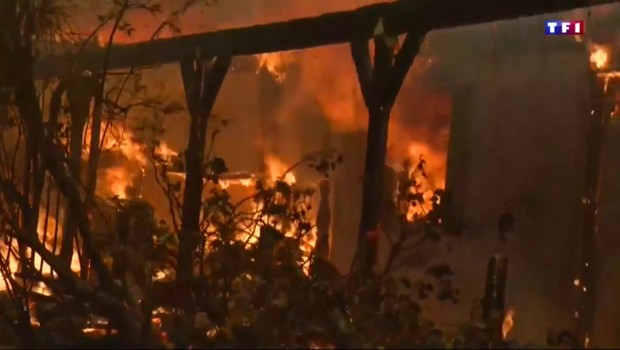 Incendies en Californie : 82.000 personnes évacuées et des milliers d'hectares brûlés