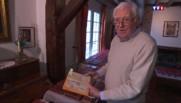 Voyage dans le temps avec Michel, collectionneur du guide Michelin