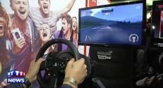 Paris Games Week 2014 : testez le dernier volant Thrustmaster avec le pilote de rallye Steve Maire