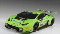 Lamborghini Huracan GT3, voitures de course engagée en championnat Blancpain Endurance Series en 2015 avec le moteur V10 de plus de 600 ch.