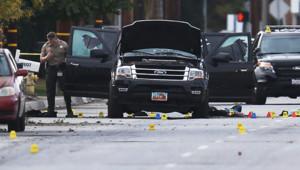 Les deux auteurs présumés des attaques de San Bernardino ont été tués par les forces de l'ordre américaines à bord de ce 4X4 noir.