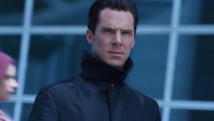 Benedict Cumberbatch dans Star Trek Into Darkness de J.J. Abrams