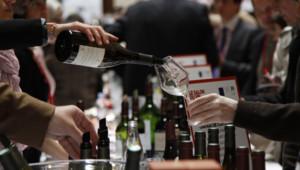 La 8e édition du Salon des vins de France a ouvert ses portes ce vendredi 16 mai 2014.
