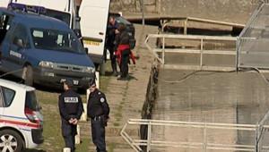 Les enquêteurs cherchant Nils Johannes Warmegard, étudiant suédois disparu au Mans et retrouvé mort le 28 février 2009