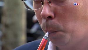 Le 20 heures du 26 février 2014 : Cigarettes �ctroniques : serait-ce la fin du tabagisme ? - 490.86