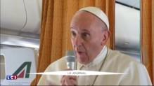 """Prêtre égorgé : le pape François l'assure, le monde est """"en guerre"""""""