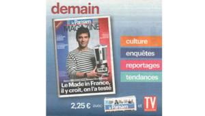 """Arnaud Montebourg posant en marinière pour le """"Made in France"""" en une du magazine du Parisien."""