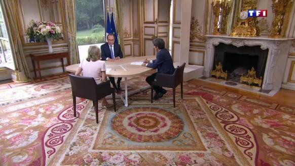 """Interview du 14 juillet : pour Hollande, Valls """"doit terminer le quinquennat"""" avec lui"""