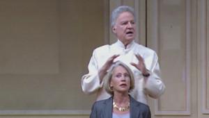 """Michel Roux sur scêne dans """"Le Charlatan"""", joué au théâtre Saint-Georges en 2002"""