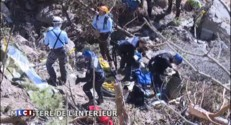 Crash de l'A320 : le long travail des médecins légistes et des généticiens