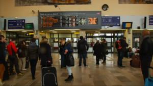 Le 20 heures du 13 février 2015 : 500 personnes bloquées quatre heure dans un TGV Paris-Brest - 168.82937851333617