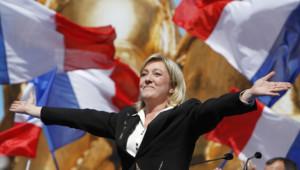 Marine Le Pen place de l'Opéra, le 1er mai 2012.