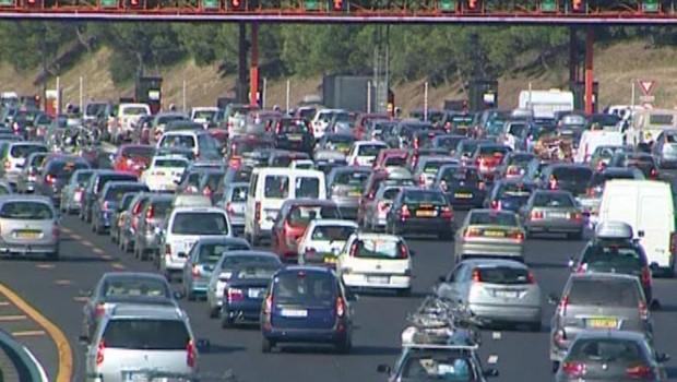 Embouteillage sur l'autoroute.