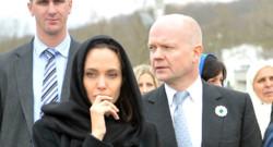 L'actrice américaine Angelina Jolie en Bosnie pour participer à une conférence sur les violences sexuelles en temps de guerre.