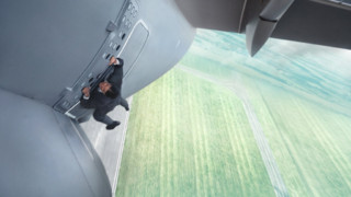 """Mission : Impossible Rogue Nation"" : Tom Cruise sur l'aile d'un avion, sans doublure !"