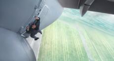 Tom Cruise réalise ses cascades, sans aucune doublure, dans le nouveau Mission : Impossible.
