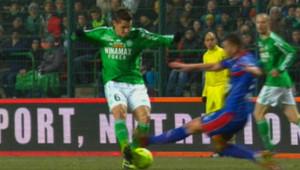 Saint-Etienne (Ligue 1 de football) : Jérémy Clément victime d'une fracture ouverte en plein match contre Nice (2 mars 2013)