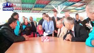 Le Prince Charles visite un camp de réfugiés syriens en Jordanie