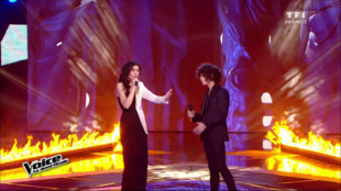 En duo, Battista et Côme chantent « Take Me To Church » pour la demi-finale