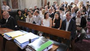 La famille d'Alexandre Junca au tribunal de Pau (07/06/2016)