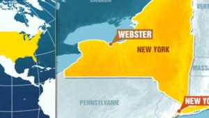Deux pompiers ont été tués et deux autres blessés par balle alors qu'ils intervenaient sur un incendie à Webster, dans l'Etat de New York, le 24 décembre 2012.