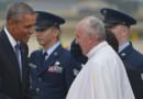 Le pape François accueilli par Barack Obama lors de sa visite aux Etats-Unis le 22 septembre 2015.