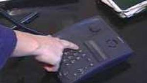 téléphone combiné noir main télécommunication