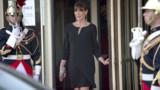 "Carla Bruni -Sarkozy ""très rigolote"" avant son accouchement"