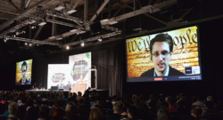 Edward Snowden en vidéoconférence au festival South By Southwest à Austin (Texas)