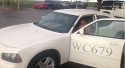 La voiture de police de Sam Brownlee, officier mort en 2010. Son fils, Tanner, l'a récupéré après une vente aux enchères.