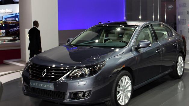 news automoto mondial de l 39 auto 2010 la renault latitude vise le haut de gamme mytf1. Black Bedroom Furniture Sets. Home Design Ideas